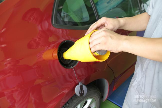 燃油添加剂可改善油品 但不能清洗积炭