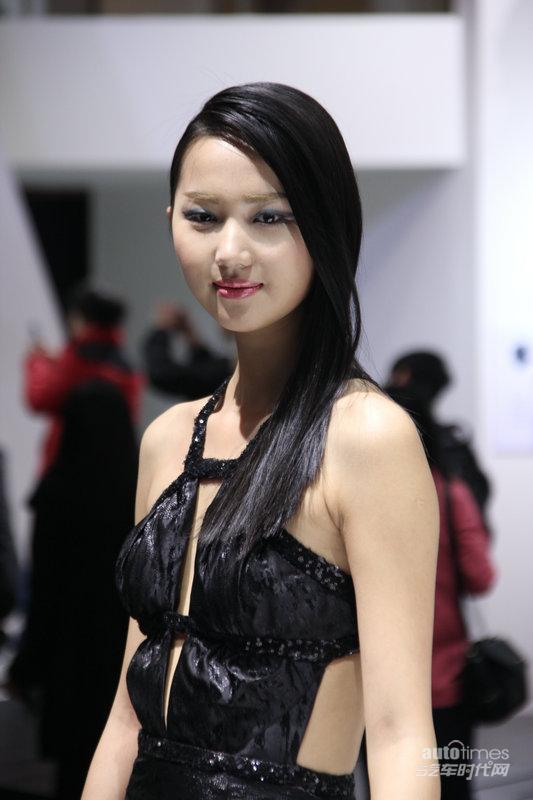 2013上海车展凯迪拉克车模