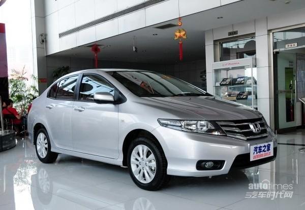 南京锋范现车充足 加装车最高优惠0.6万
