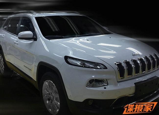 国产jeep自由光内饰照